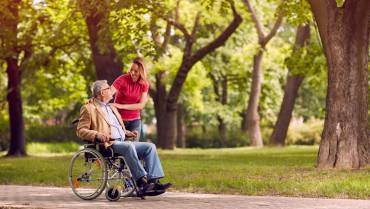 6 Fun Spring Activities for Seniors