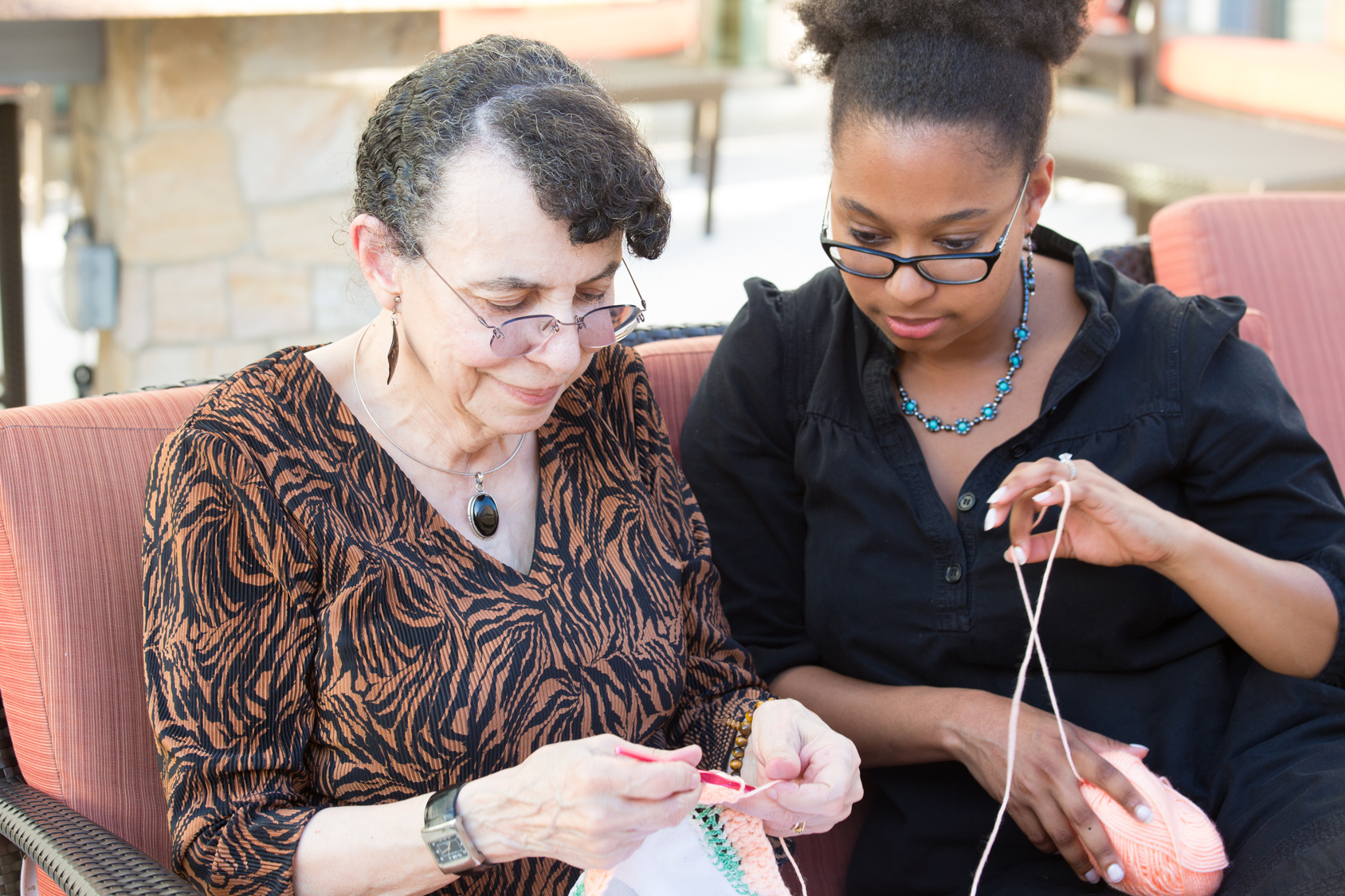 Senior-Caregiver-Knitting