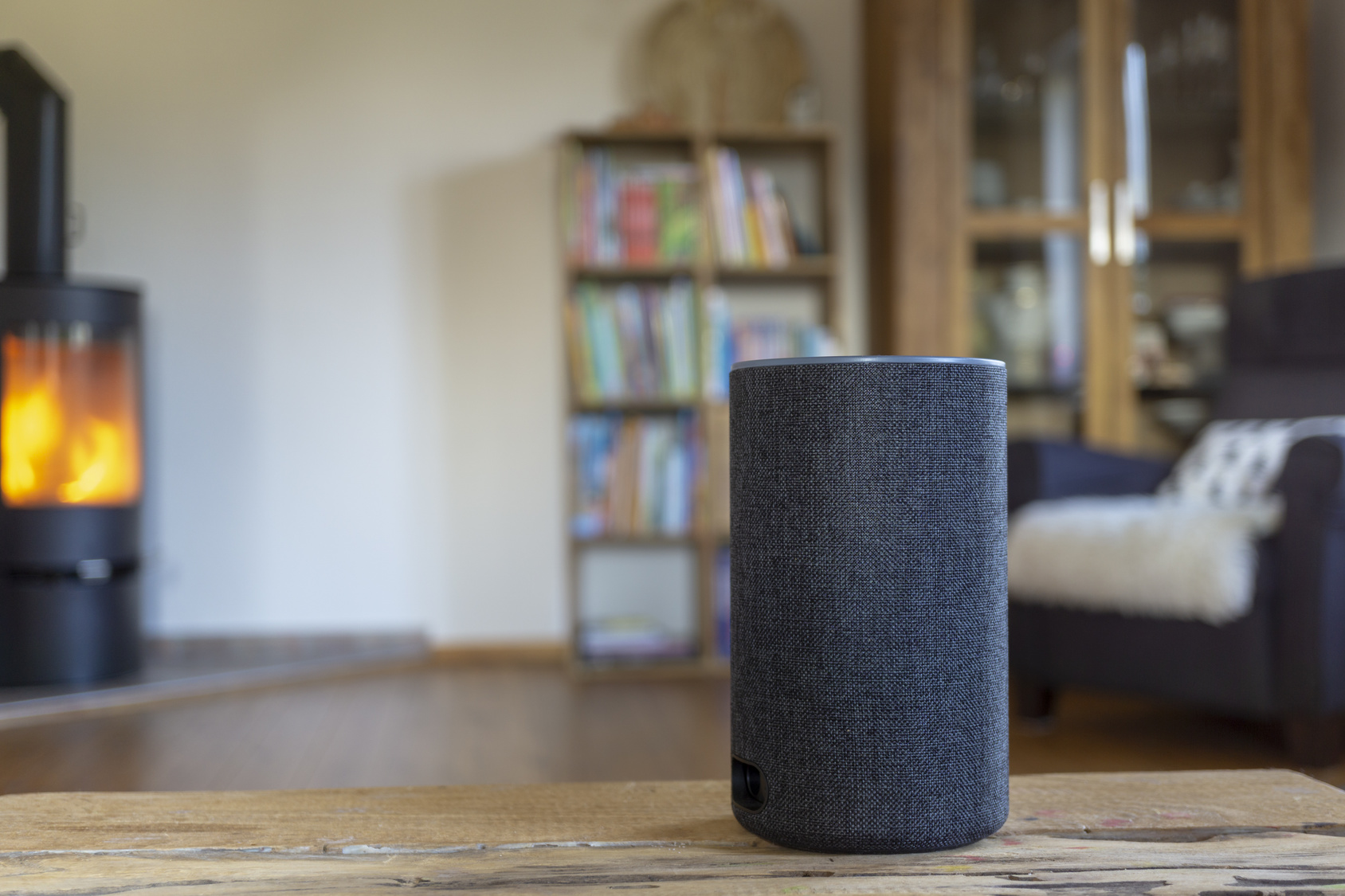 Voice-Activated-Speaker-in-Home