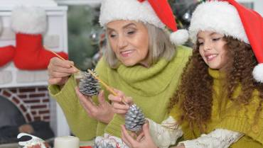 5 Tips for Celebrating Holidays with an Alzheimer's Patient