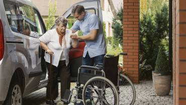 The Best Way to Travel with an Elderly Parent
