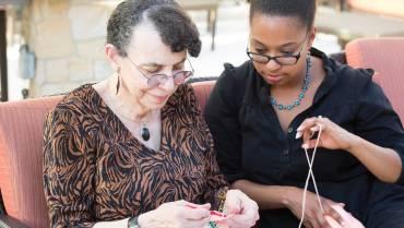5 Activities for Seniors and Their Grandchildren